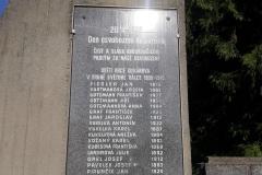 pomník-4